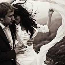 Wedding photographer Vasiliy Tikhomirov (BoraBora). Photo of 11.08.2013