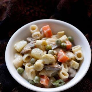 Pasta in White Sauce Recipe, Easy Vegetable White Sauce Pasta Recipe
