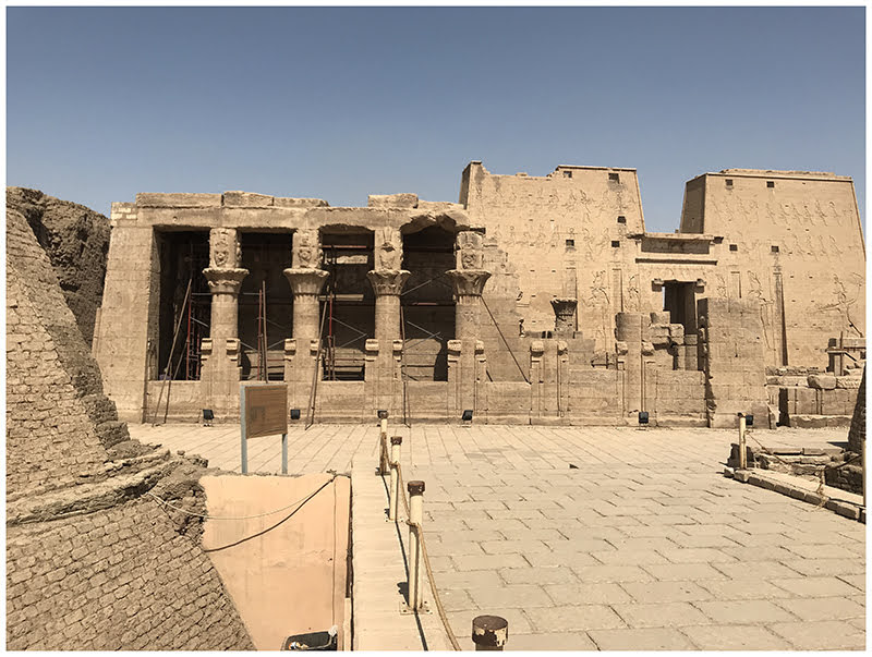 Edfu temple 4
