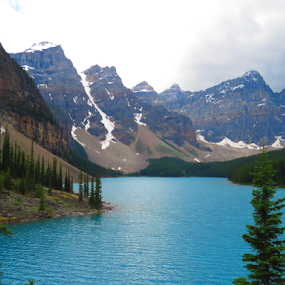 by Chris Bertenshaw - Landscapes Mountains & Hills ( mountains, canada, lake moraine )