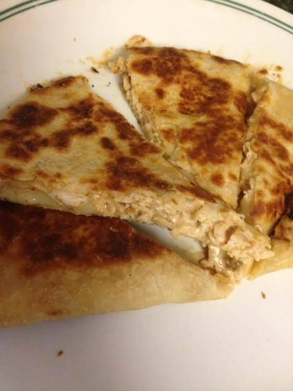 Chicken Quesadilla *copycat Taco Bell* Recipe