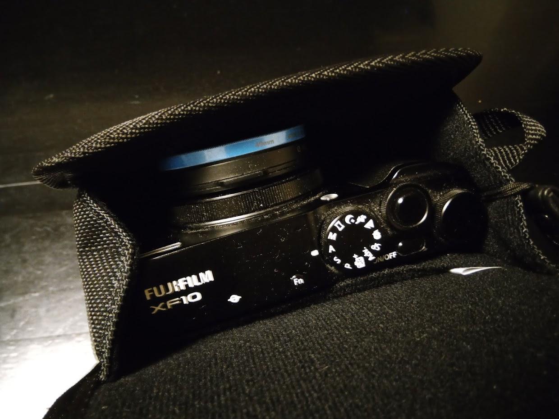 カメラケースに収めたところ