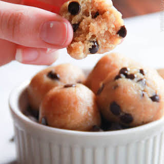 Healthy Cookie Dough Truffles {GF,Vegan, Primal}.
