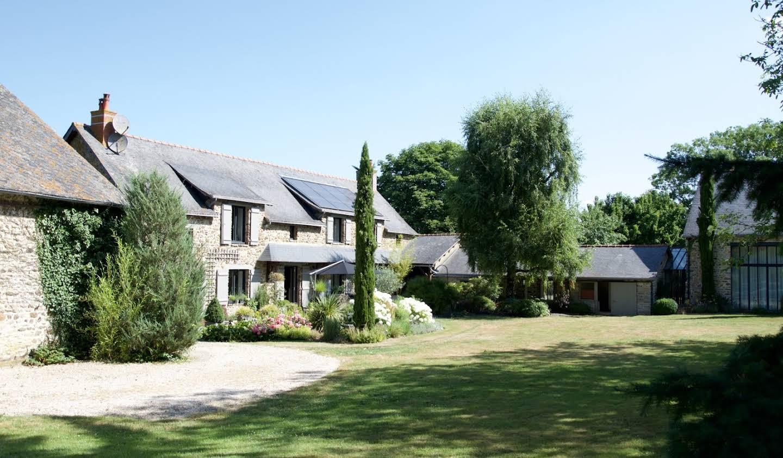Maison Saint-Pierre-la-Cour