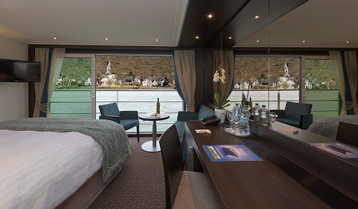Avalon-Tranquility-II-panorama-suite - Wake up to a beautiful view of Europe gliding by your Panorama Suite on Avalon Tapestry II.