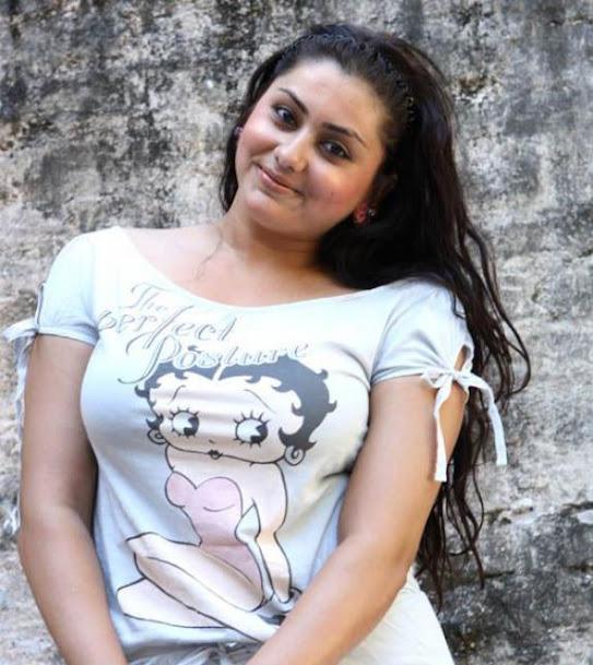 Namitha Kapoor hot photos, Namitha Kapoor sexy photos
