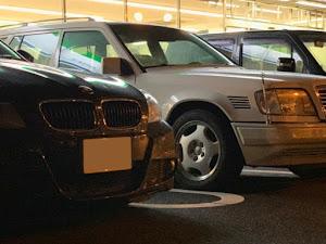 Eクラス ステーションワゴン W124 E300 ターボディーゼルのカスタム事例画像 ひろちゃんさんの2018年09月30日17:53の投稿