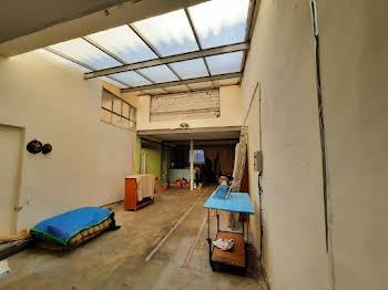 Studio 102 m2