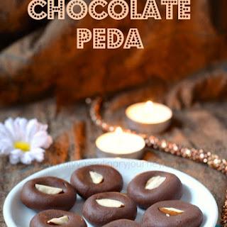 Chocolate Peda Recipe | Chocolate doodh peda | Easy Chocolate fudge recipe (with Video)