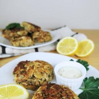 Easy Crab Cakes (Paleo, Low Carb).