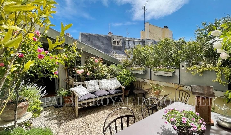 Bien atypique avec terrasse Paris 2ème