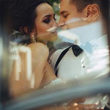 Wedding photographer Vasiliy Tikhomirov (BoraBora). Photo of 06.08.2014