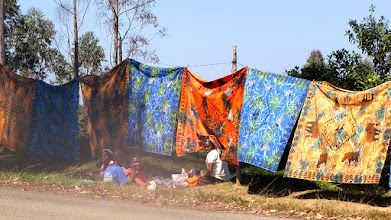 Photo: Colourful blankets sold in Bvumba Mountains
