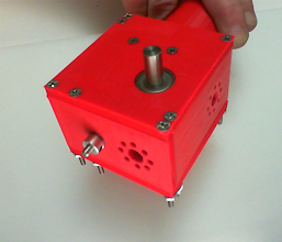 Photo: A second angle of the completed Super Worm-Gear, showing the front and sides with ServoCities .770 connector patterns on two sides for connecting other attachments