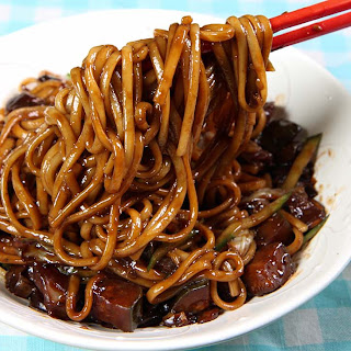 Vegan Jjajangmyeon.