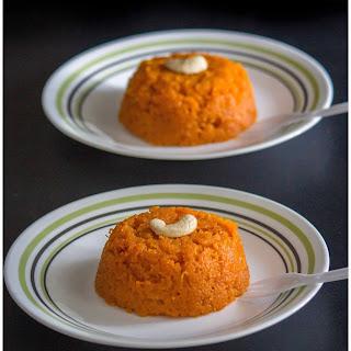 Carrot Halwa / Carrot Pudding Recipe