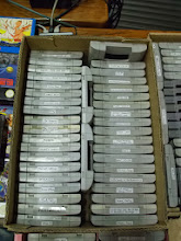 Photo: Cartouches Super NES. * A gauche: Nintendo Scope 6, Dragon's Lair, Tiny Toon - Buster Busts Loose !, Looney Tunes Road Runner, ailor Moon, Mario Paint, Ranma 1/2, Bubsy, The Simpsons - Bart's nightmare, The Simpsons - Krusty's Super Fun House, Aladdin, Mickey Mania, Astérix, The lost Vikings, Skyblazer, Prince of Persia, Joe & Mac - Caveman Ninja, Pilotwings, Alien 3. * A droite: World Cup USA, FIFA '96 Soccer, FIFA International Soccer, FIFA '97, Super Soccer, Jimmy Connoys Pro Tennis Tour, Super Tennis, NBA Jam, Nigel Mansell's World Championship, Plok!, Desert Strike, Primal Rage, Battletoads in Battlemaniacs, Kid Clown in crazy chase, Young Merlin, Spiderman and the X6Men in arcade's revenge, Theme Park.