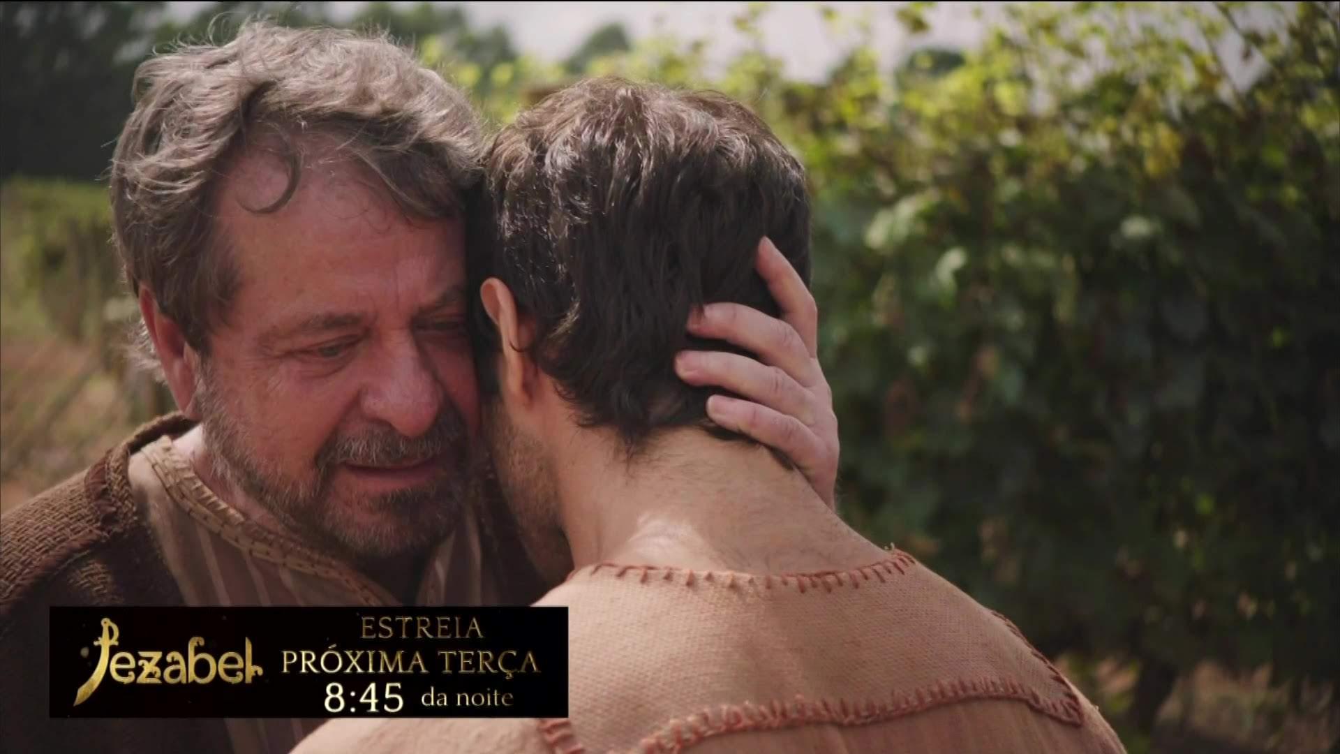 Flávio Galvão em cena de Jezabel como Nabote