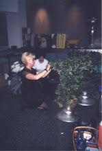 Photo: Joanne Dalke DuBois-Bolin Arranging Floral Displays