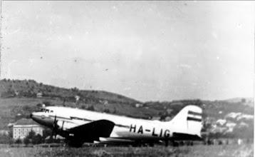 Photo: Li-2