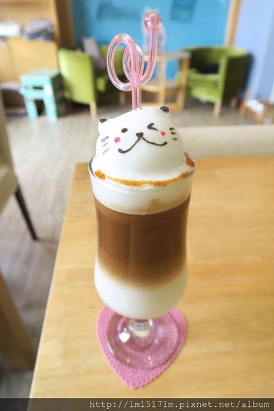 貓·旅行咖啡輕食館~ 貓奴們的最愛!!超療癒の貓咪們及立體拉花