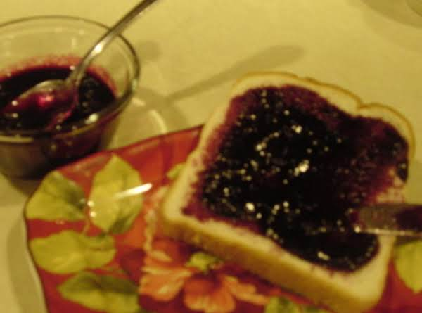 Yummy Blueberry Freezer Jam