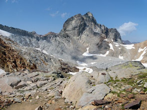 Photo: Pic e Col des Gourgs Blancs.