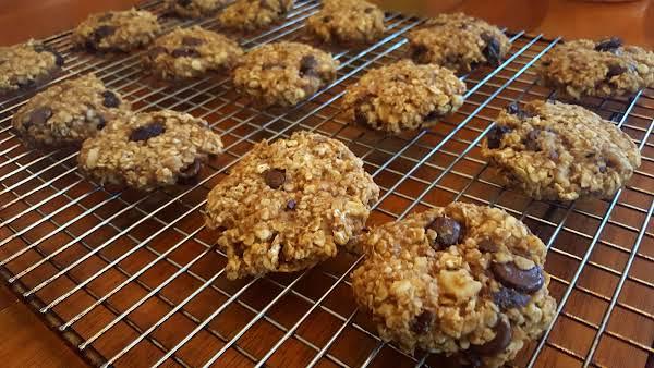 Gluten Free Peanut Butter-banana Oatmeal Cookies