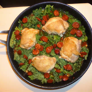 Healthy No Carb Chicken, Chorizo, Chickpea and Kale One Pot.