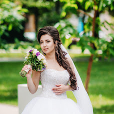 Wedding photographer Yana Zolotareva (YanaZolotareva). Photo of 04.08.2015