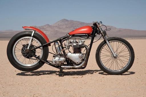 L'originale de Nira Johnson qui à servi à Denis Sire pour le dessin de la moto de Bill Carbu.