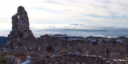 Photo: Santuari dels Tossals. Projecten restaurar-lo per fer-hi un refugi i un centre d'estudi de la natura.