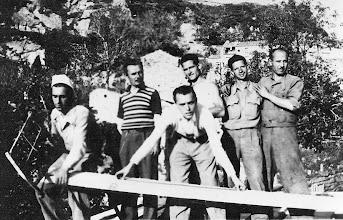 Photo: Gruppo segheria, con Verduci e Asta - epoca