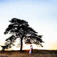 Wedding photographer Alina Naumova (Alischa). Photo of 14.10.2015