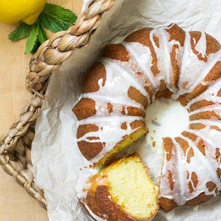 Lemon 7 Up Bundt Cake