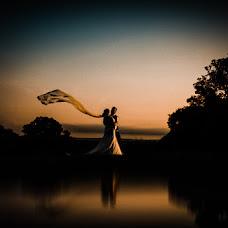 Wedding photographer Dominic Lemoine (dominiclemoine). Photo of 29.11.2018