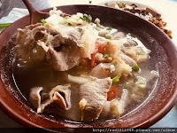 小如東北酸菜白肉麵館