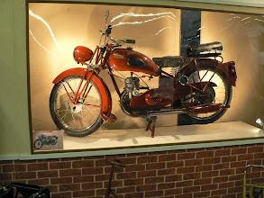 Photo: 125cc Hirondelle (distribuée par Manufrance)