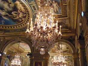 Photo: A large panel of artists contributed to the decoration of this room. The most famous were entrusted with the decoration of the ceilings.
