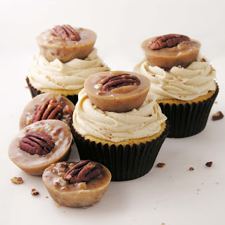 Pecan Praline Cupcakes