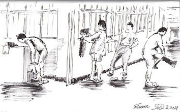 Photo: 穿衣2012.02.03鋼筆 水電營繕隊的雜役在洗完澡後在冷風直灌的走廊上穿起衣服。
