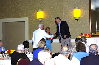 Photo: Dick & Sue Hatter Martin getting award for newest married