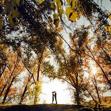 Wedding photographer Viktoriya Dedina (Dedina). Photo of 24.10.2014