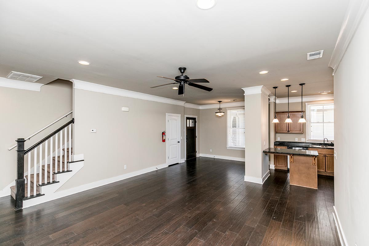 The Cottages of Lubbock Apartments   Five Bedroom Manor ...