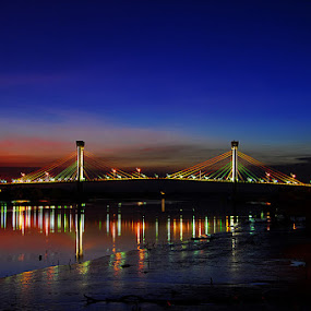 by R Siswanty - Buildings & Architecture Bridges & Suspended Structures ( night, lights )