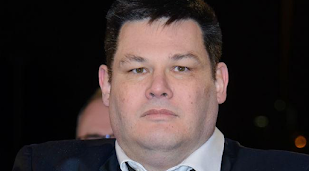 The Chase buy Mark Labbett new suit after he drops 35lbs