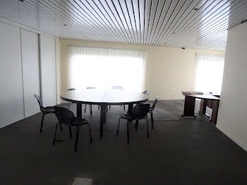 locaux professionels à Saint-André-les-Vergers (10)