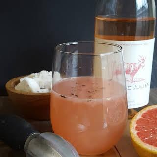 Grapefruit Rosé Kiss.