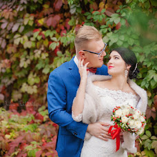 Wedding photographer Indira Schurova (IndiraFR). Photo of 07.06.2017