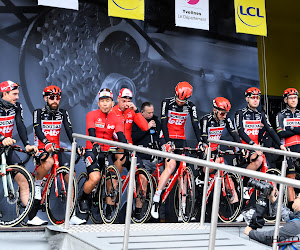 Lotto Soudal traint in groep op wegen Ronde van Vlaanderen, Thomas De Gendt opgetogen